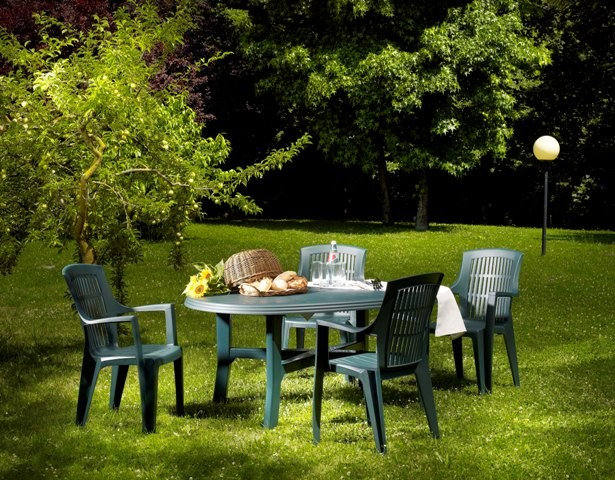 table ovale danubio salon de jardin plein air. Black Bedroom Furniture Sets. Home Design Ideas